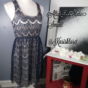 🍓$20 In Bundle🍓Altar'd State Sleeveless Double L
